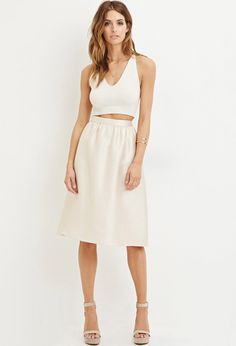 Shop Forever huge collection of A-line skirts. Find fun patterns and styles like plaid, faux leather + more to find the perfect A-line skirt for you. Christmas Fashion, Autumn Fashion, White Skirts, White Dress, Womens Maxi Skirts, Dress Outfits, Dresses, Work Fashion, A Line Skirts