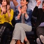 If you're a basketball fan, and lucky to be seeing a Raptors game, here's some inspiration on what to wear!  Browsing through celebrity courtside fashion, Olivia Munn attended a Charlotte Bobcats VS. The New York Knicks game last fall, and the outfit is still impeccably stylish this spring. A striped maxi dress is casual, but makes a big impact.  This Supertrash Dizy Maxi Dress adds a new twist with a diagonal striped panel along the hem. Or try Nicole Miller\'s Stripe Tube Dress as ...