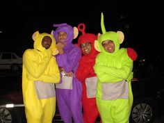 Teletubbies 16 Halloween Costumes Only Kids Will Understand Zombie Couple Costume, 3 Person Halloween Costumes, Halloween Costumes For Teens Girls, Family Halloween Costumes, Halloween Kostüm, Halloween Outfits, Zombie Costumes, Halloween Couples, Homemade Halloween