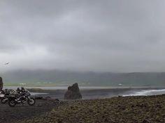 ISLANDA, il mio viaggio più bello... nel 2012 su un'Isola forgiata dal fuoco, cesellata dall'acqua e modellata dall'aria: http://ilblogdigattostanco.blogspot.it/2012/08/islanda-2012-day1.html