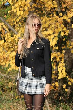 #fashion #ootd #fall #outfit #inspiration #mode #modeblogger #germany #zurich #overkneeboots #skirt