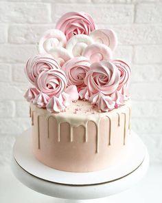 Bithday Cake, 18th Birthday Cake, Baby Birthday Cakes, Creative Cake Decorating, Cake Decorating Techniques, Creative Cakes, Meringue, Just Cakes, Unique Cakes