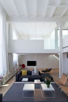 Design firm Planell-Hirsch  2 lofts in the Poblenou District, Barcelona. Catalonia | Europe