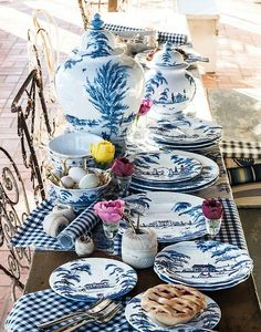 Setting a blue and white table.... - The Enchanted Home