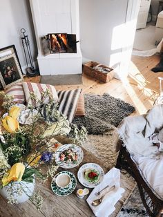 Gratis måndagspost (Elsa Billgren) - Lilly is Love Home Interior, Interior And Exterior, Interior Decorating, Interior Inspiration, Room Inspiration, Dyi, Beautiful Interior Design, Home Comforts, Romantic Homes