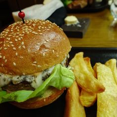 #ハンバーガー  #yummy #hongkong #humberger #awesome #amazing #gordonramsay #nice #cool #photography #photooftheday #awesome