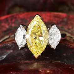 A 3.44-Carat Fancy Intense Yellow Diamond Ring | Fortuna Fine Jewelry Auctions and Appraisers