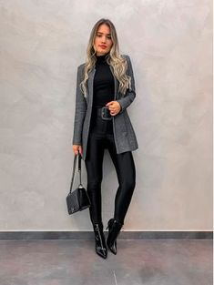 clothes for women,womens clothing,womens fashion,womans clothes outfits Business Casual Outfits, Classy Outfits, Chic Outfits, Winter Fashion Outfits, Fall Winter Outfits, Autumn Fashion, Black Women Fashion, Womens Fashion, Fashion Fashion
