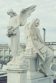 """Angel / Graveyard statues at the Cienfuegos graveyard of """"La Reine Cemetery Angels, Cemetery Statues, Cemetery Art, Angel Statues, Greek Statues, Cienfuegos, Angels Among Us, Angels And Demons, Statue Ange"""