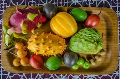 10 Of The Most Weird And Exotic Fruits in The World You've Probably Neve. Unique Recipes, Raw Food Recipes, Berkeley Bowl, Sour Plum, Pineapple Guava, Weird Fruit, Juice Packaging, Fruit Benefits, Specialty Foods