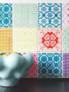 Patterned tile splashback