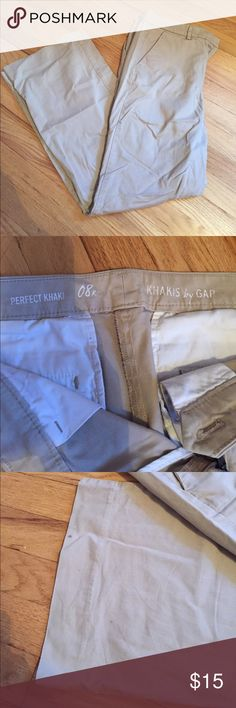 Gap Khaki pants size 8R Gap Khaki pants. Size 8R. (I'm 6 feet tall and they were long enough for me to wear in flats). Slight flare on the bottom. Hook and eye clasp with zipper. Small droplet stains on the back of the right pant leg. GAP Pants Boot Cut & Flare