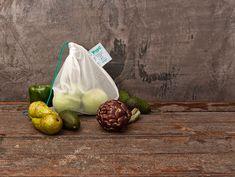 Genom att återanvända frukt- och grönsakspåsen Veggio om och om igen minskar du användandet av plastpåsar i ditt liv och på vår planet drastiskt. Fyll dina Veg