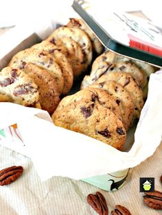 These are a wonderful cookie with a crunch! You get the flavours of the chocolate and the pecans coming through and are perfect with a cup of tea or glass of cold milk. Pecan Cookies, Raisin Cookies, Drop Cookies, Ginger Cookies, Yummy Cookies, Dessert Cake Recipes, Easy Cookie Recipes, Desserts, Yummy Recipes