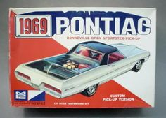 MPC - 1969 Pontiac Bonneville open sportster/pick-up custom model kit.