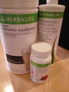 Buenas tardes!! Ya que estamos en verano, hoy os traigo un post sobre Herbalife. Para los que no lo sabes Herbalife es una empresa líder en alimentos de sustitución de comidas. Bueno contaros que …