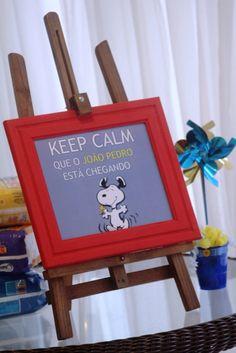Chá de Fraldas - tema Snoopy - cavalete KEEP CALM