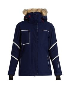 Developed with the label's expert team in Greenland, Perfect Moment's navy Qanuk Pro II ski jacket is crafted to withstand harsh weather conditions. It's cut from a waterproof Dermizax® fabric, and features a Primeflex™ outershell with four-way stretch for flexible movement.