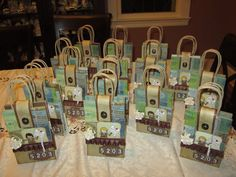 I made these albums for my Girl Scout troop, they are bridging on Friday and becoming Juniors. So I took each girls pictures of all the fu. Girl Scout Swap, Girl Scout Leader, Girl Scout Troop, Brownie Girl Scouts, Girl Scout Cookies, Les Scouts, Daisy Girl Scouts, Mini Scrapbook Albums, Mini Albums