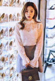Lee Chae Eun - February 14 2017 2nd Set