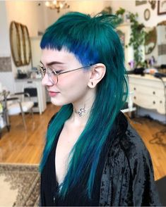 Gothic Hairstyles, Dread Hairstyles, Pretty Hairstyles, Punky Hair, Edgy Hair, Mullet Hairstyle, Hair Upstyles, Green Hair, Fine Hair