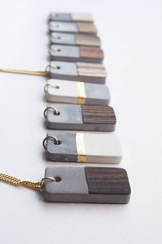 Δημιουργήστε κοσμήματα με το υποαλλεργικό καλλιτεχνικό τσιμέντο και φύλλοχρυσου ή αυτοκόλλητο ξύλο.. https://goo.gl/JBQUzV