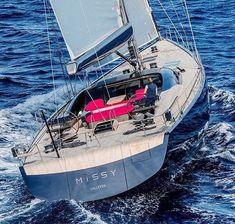 "Italian Shipyard ""Missy"" 33m'"