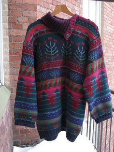 Virkattu lintu: Lempipaita, Design Sirkka Könönen. Sweater Cardigan, Men Sweater, Knit Art, Yarn Crafts, Pulls, Knitting Projects, Bunt, Designer, Knit Crochet