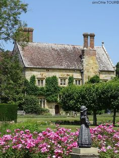 Lies im Blog über unseren Urlaub im Südosten Englands in den Grafschaften East Sussex und Kent, über unser Cottage und die Dinge, die wir gesehen und erlebt haben. Lass dich für deinen eigenen Urlaub inspirieren. National Trust, East Sussex, Churchill, If Rudyard Kipling, Mansion, Forts, Vacation