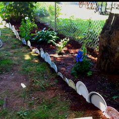 Plates-used-as-garden-border   GARDEN INSPIRATION   Pinterest ...
