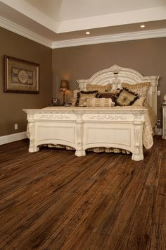 LOVE this laminant flooring by toklo in Bayou Oak