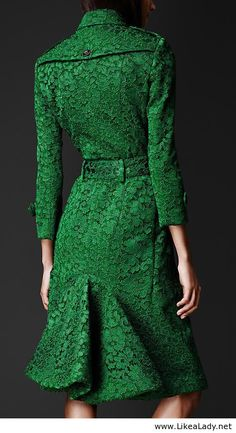 Emerald Green Kickback Lace Trench Coat >> OH. MAH. GAWD.