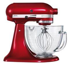 """KitchenAid Artisan Robot de Cozinha – Vermelho com vidro <3 """"A personalidade de um cozinheiro expressa-se na criação de sensuais experiências culinárias que englobam todos os sentidos, incluído a visão. A KitchenAid considera as suas batedeiras como uma extensão criativa das mãos do cozinheiro, proporcionando um óptimo controlo a nível profissional. Esta Batedeira Artisan™ Chefe Tilt é tudo isso e tem um design icônico."""""""