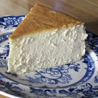 New York Cheesecake   What2Cook @Kerri Whitney I need you to make me this, or give the recipe to mom so she can