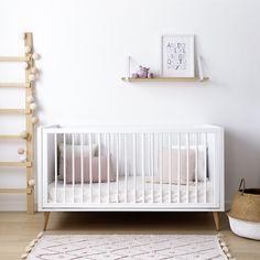 ¡Nueva colección de mueble infantil! Nordic, un conjunto de cómoda y cuna a las que no te vas a poder resistir. Baby Room Neutral, Nursery Neutral, Nursery Inspiration, Nursery Ideas, Room Ideas, Nordic Design, Kids Room, Sweet Home, Bed