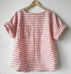 And on Tuesday she wore stripes again 🍭 Modified by in linen from (cut on the cross grain) I… Fashion Sewing, Diy Fashion, Fashion Dresses, Classy Fashion, French Fashion, Fashion Tips, Clothing Patterns, Dress Patterns, Sewing Patterns