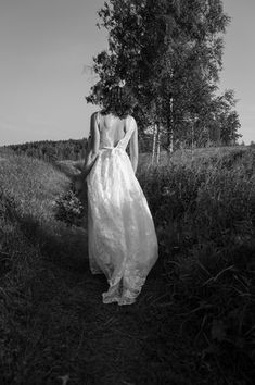 Wedding gowns unlike any other Unique Wedding Gowns, Bridal Wedding Dresses, Unique Weddings, Wedding Day, Figure Flattering Dresses, Sustainable Wedding, Dance The Night Away, Vintage Lace, Big Day