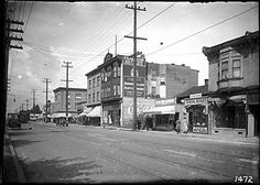 1920s – Commercial Drive. Vancouver Public Library Archives #7144. Photographer: Philip Timms.