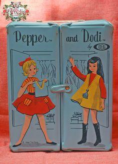 SALE Vintage Ideal Pepper and Doddi Doll Case Light Blue by poppyw Vintage Barbie, Vintage Dolls, Barbie Dolls, Dolls Dolls, Tammy Doll, Toy Collector, Barbie Collection, Retro Toys, Toys Shop