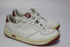 NIKE  - Athletic Court Shoes 302448-113 - Youth Size 5.5Y - White & RED #Nike #AthleticCourt