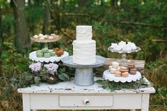 A beautiful cake table. Vintage Wedding Cake Table, Vintage Weddings, Ontario, Jessica Rose, Wedding Desserts, Wedding Cakes, Festa Party, Rose Photography, Wedding Styles