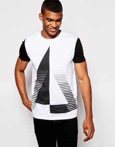 ASOS T-Shirt With Spliced Triangle Print And Contrast Sleeves - that should be mine!