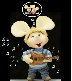Topo Gigio canta pensando en Rosita