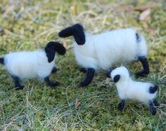 Nemezelt Sheep Állítsa be a három Snow White fekete arcú Szabad Baba Lamb Kézzel készített, húsvéti dekorációk
