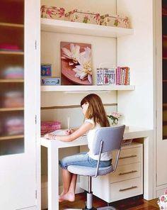 Veremos ahora los distintos estilos y tipos de escritorios juveniles que podemos encontrar en el mercado y también os ofrecemos algunas ideas, tendencias y modelos #decoración #deco