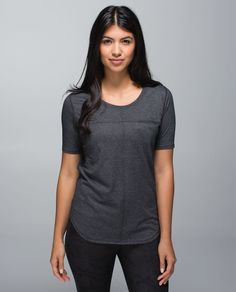 A technical  tee that we can wear on race day or to coffee with the girls? Yes please. We made this run shirt with anti-stink technology so that we can work up a serious sweat without making a stink. From burpees to breakneck speeds, we're ready to set a new personal best.