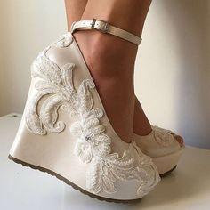Dolgu topuk gelin ayakkabısı modelleri - http://www.modelleri.mobi/dolgu-topuk-gelin-ayakkabisi-modelleri/