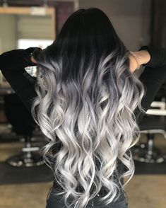 60 Shades of Grey: Silver and White Highlights for Eternal Youth Long Silver Ombre With Stretched Black Roots Blonde Ombre Hair, Grey Hair Wig, Ombre Hair Color, Cool Hair Color, Wavy Hair, Dyed Hair, Hair Colors, Ombre Curly Hair, Ash Blonde