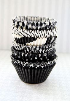 Assorted Black Cupcake Liner Pack by CupcakeSocial on Etsy https://www.etsy.com/listing/76600627/assorted-black-cupcake-liner-pack