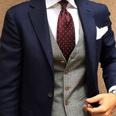 Wedding suits men - 58 Best Stylish Blue Groomsmen Suits Ideas Suitable for Every Man Sharp Dressed Man, Well Dressed Men, Fashion Mode, Mens Fashion, Suit Fashion, Fashion Photo, Street Fashion, Oxford White, Groom And Groomsmen